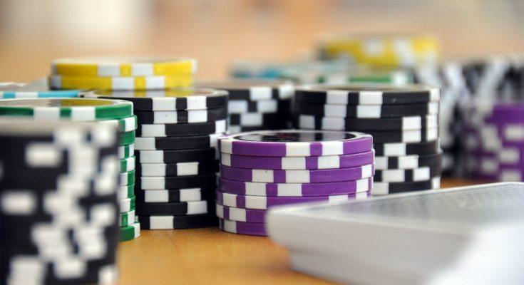 cheapest-poker-sets